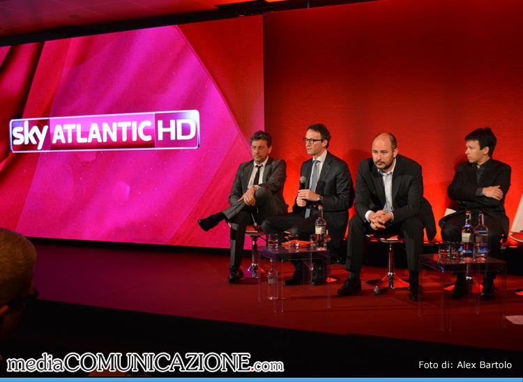 Sergio Castellitto (Attore) Andrea Zappia (Amministratore Delegato Sky Italia), Andrea Scrosati (Executive Vice President Programming di Sky Italia) e Antonio Visca (Responsabile SKY Atlantic)